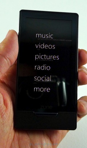 microsoft-zune-hd-07-r3media1-295x500