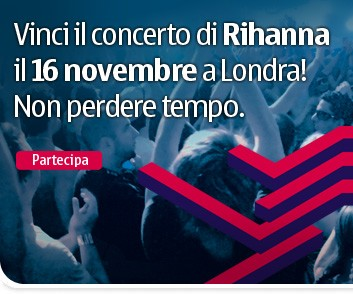 rihanna_nov_tsr_left