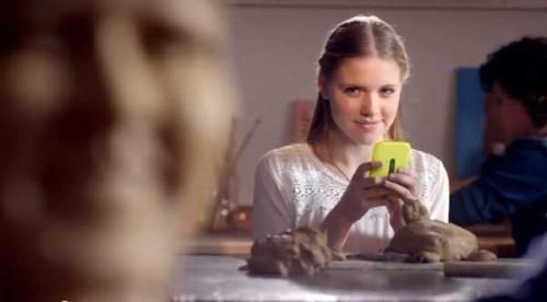 Nokia lumia 720 windows phone 8 compare in uno spot televisivo