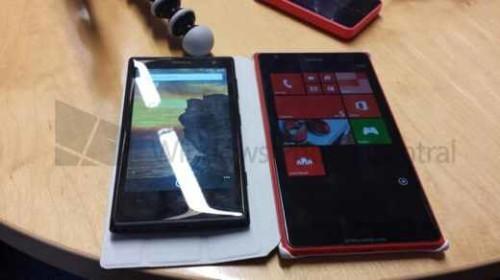 Nokia Lumia 1520 le prime foto del phablet con OS Windows