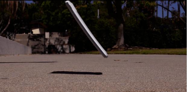 Galaxy Note 3 Super resistente alle cadute ! Il Drop Test