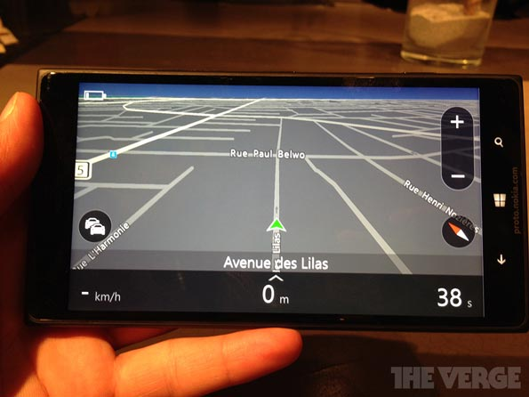 Nokia Lumia 1520 GDR3 Arriva il primo Phablet Nokia con Display da 6 Pollici