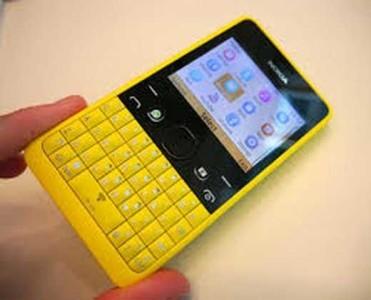 Manuale italiano Nokia Asha 210 Tutti i segreti del telefono economico
