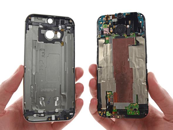 HTC One M8 come smontare e rimontare il telefono guida e istruzioni
