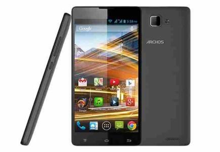 ARCHOS 50 Neon primo smartphone quad-core a prezzo conveniente