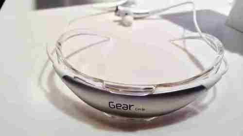 Samsung Gear Circle SMR130 Manuale Italiano e Libretto istruzioni Pdf