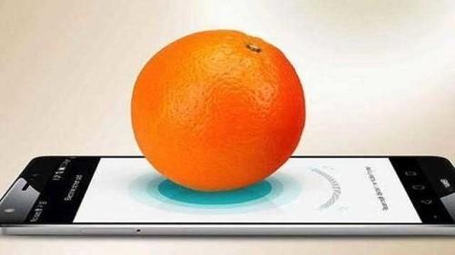 Huawei Mate S Pesare oggetti con il display