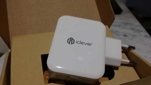 iClever caricatore da muro 3 porte USB