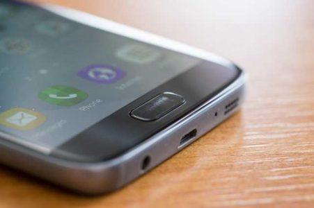 Samsung Galaxy S7 tasto centrale graffiato non rileva impronta
