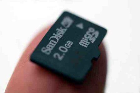 Huawei P10 salvare le foto direttamente su memoria Micro SD