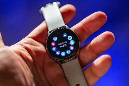 Installare Whatsapp su Galaxy Watch Active Samsung come fare