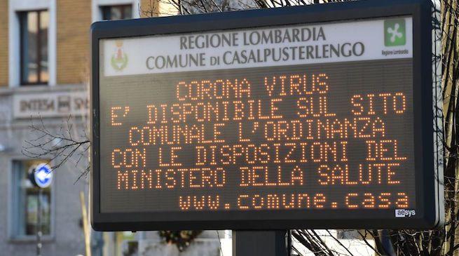 Coronavirus Italia la mappa dei contagi nel nord Italia su smartphone