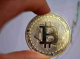 Bitcoin vale oltre 27000 aumentato di oltre 2500 in 2 giorni